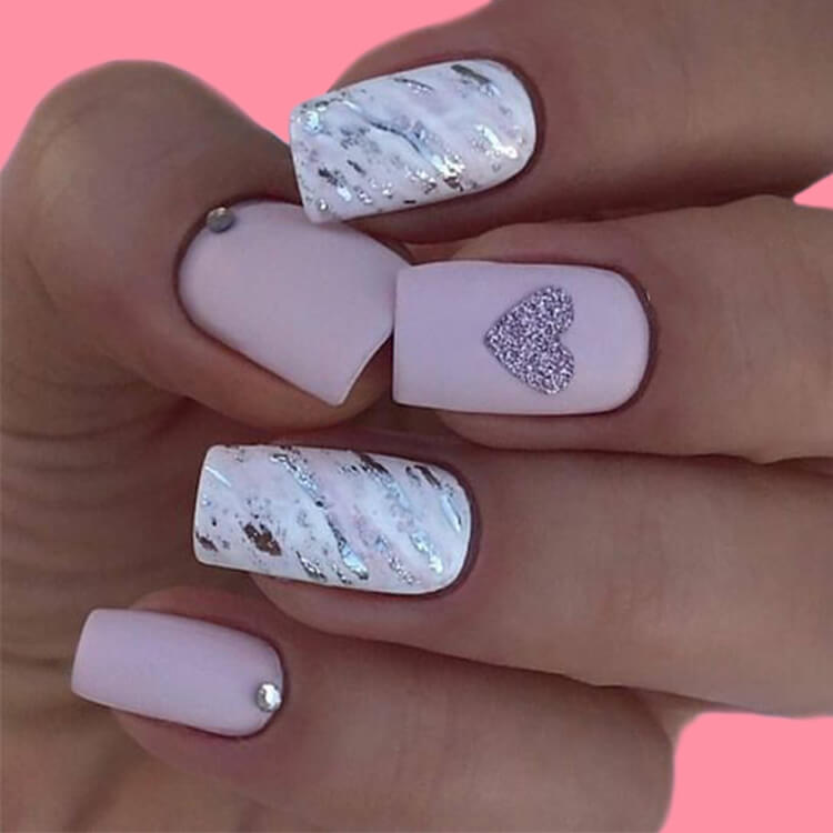 Show all Valentine's Day Nails Design for Romantic Day 12