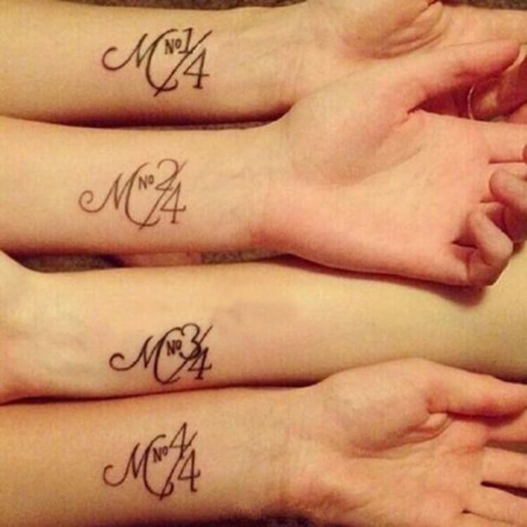30+ Meaningful Matching BFF Tattoos Designs to Try for Ladies and Sisters 37
