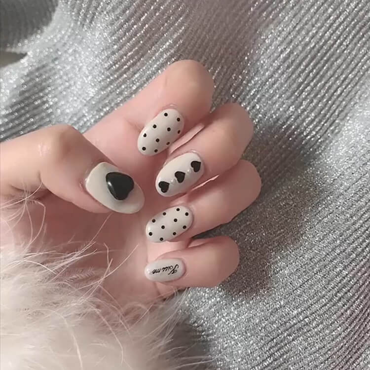 Valentine's Day Hearts Nail Designs 18
