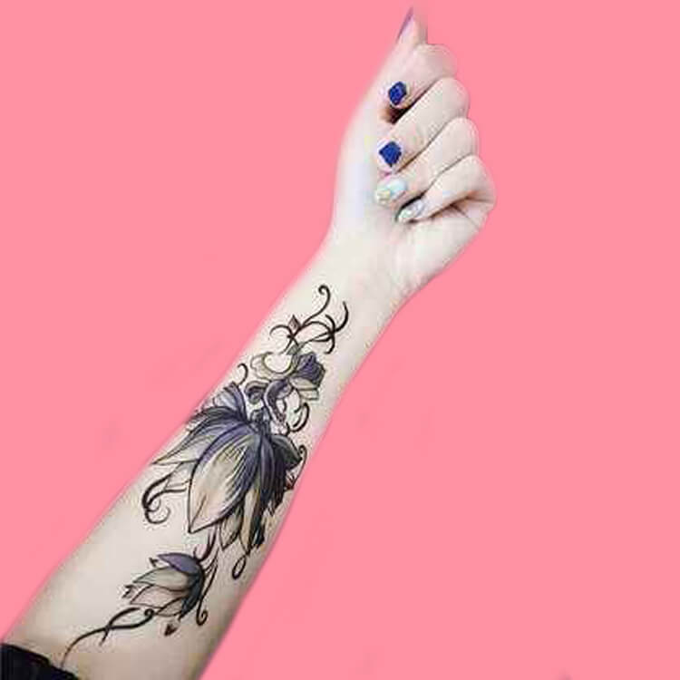 42 Mini Wrist Tattoo Designs to try in this Summer 56