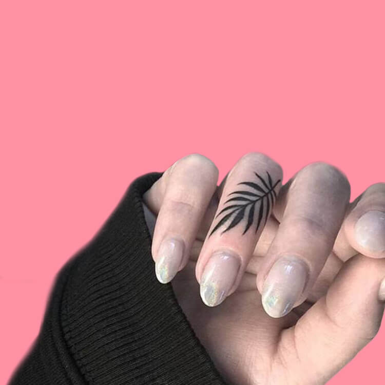 27+ Mini Finger Tattoos For Women Beauty 2019 Trend 29