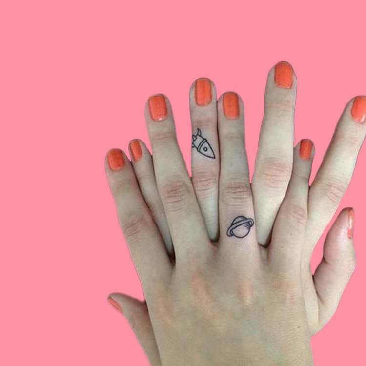 27+ Mini Finger Tattoos For Women Beauty 2019 Trend 39