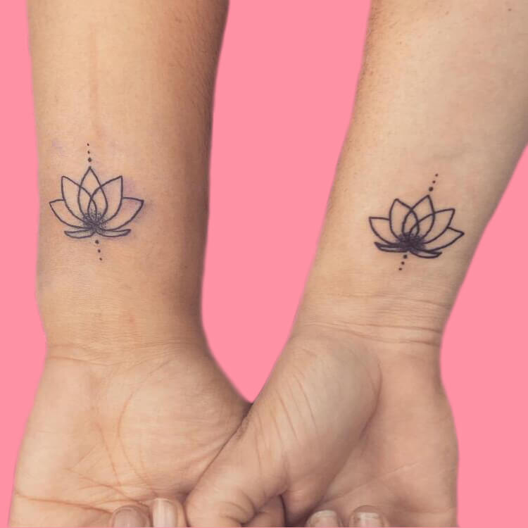 30+ Meaningful Matching BFF Tattoos Designs to Try for Ladies and Sisters 59