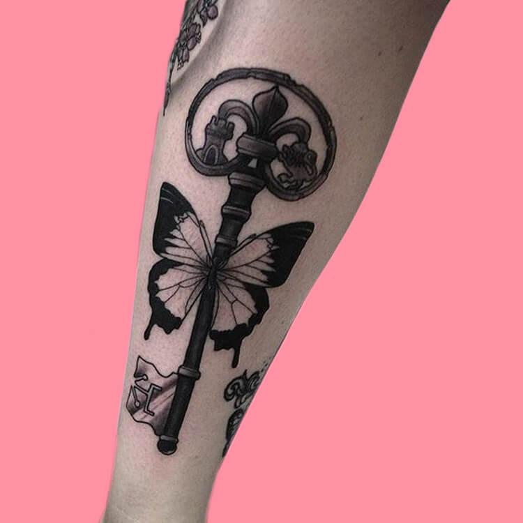 Show Beautiful Butterfly Tattoo Designs for Women 68